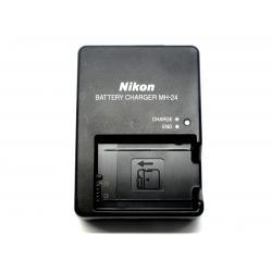 Ładowarka Nikon MH-24 do akumulatorów EN EL5